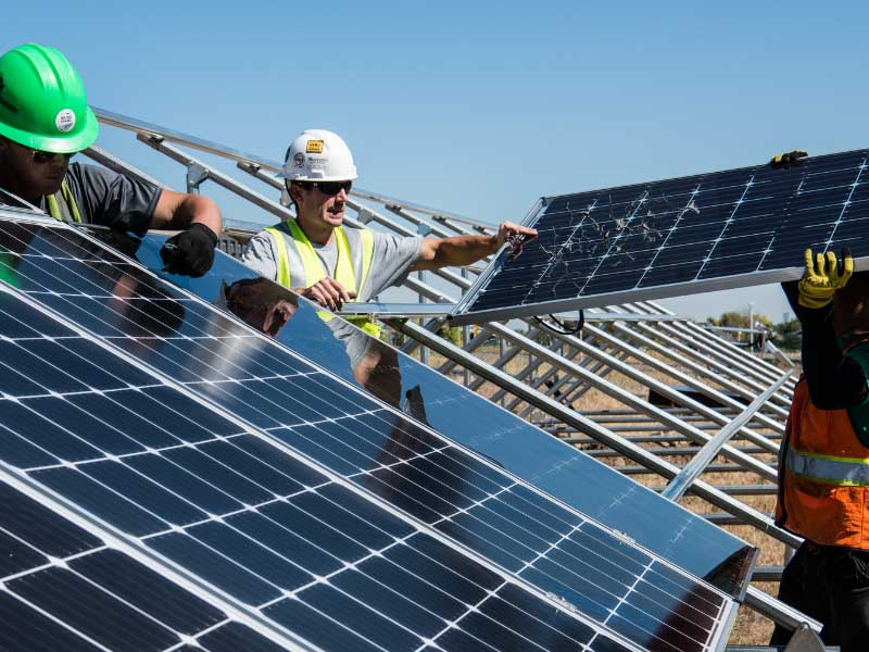 Protect solar modules from damage with g-force indicator labels