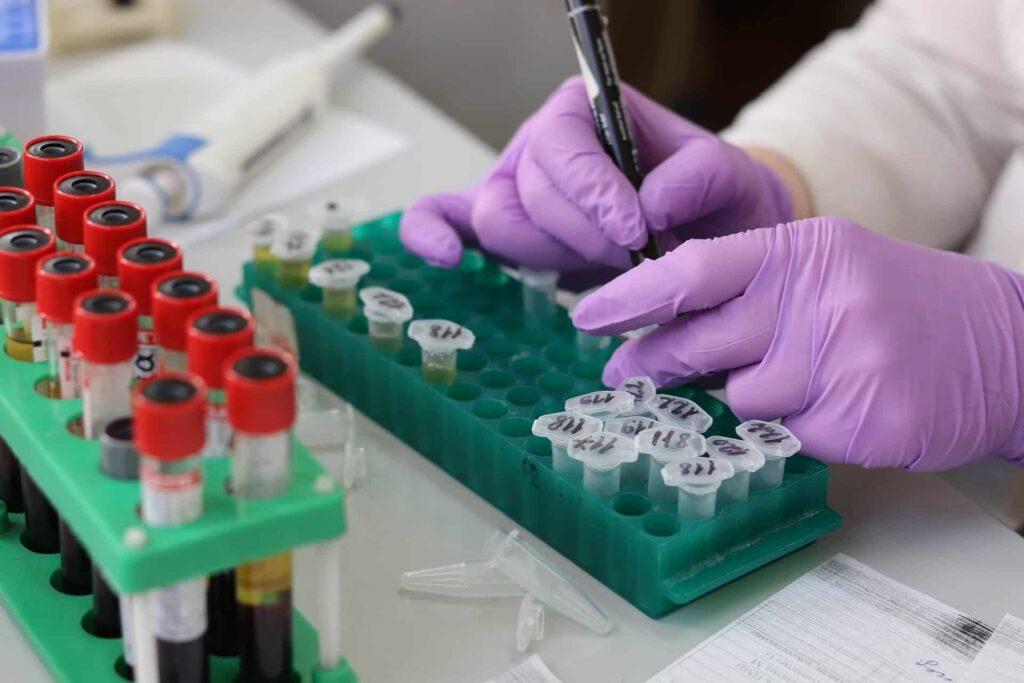 生物科技-溫度監控