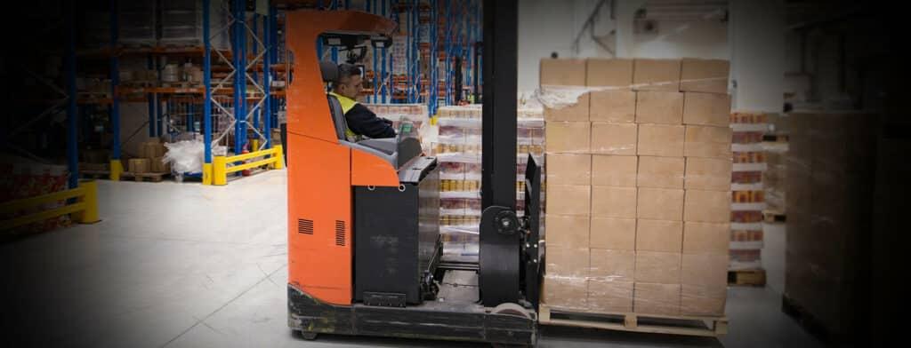 對企業來說,倉庫安全一直以來都是非常重要的一環,其中又以電動叉車的事故最為頻繁,叉車或油壓車的使用不當將會導致產品損壞甚至人員傷亡,造成企業直接和間接成本的增加。